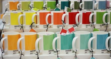 Color Pantone en tazas