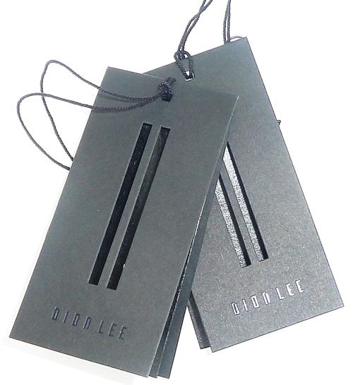 Etiqueta para ropa con troquelado